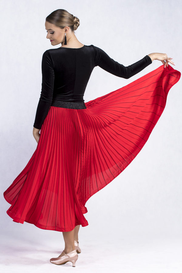 Marilyn Pleated Skirt Red<br/> P19120011-02