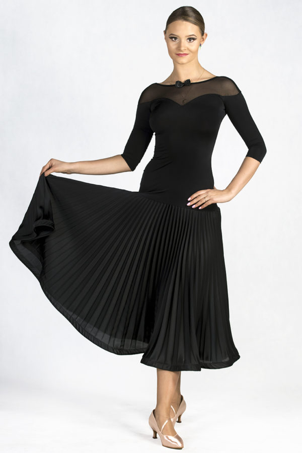 5th Ave Pleated Dress Black <br/> P19120014-01