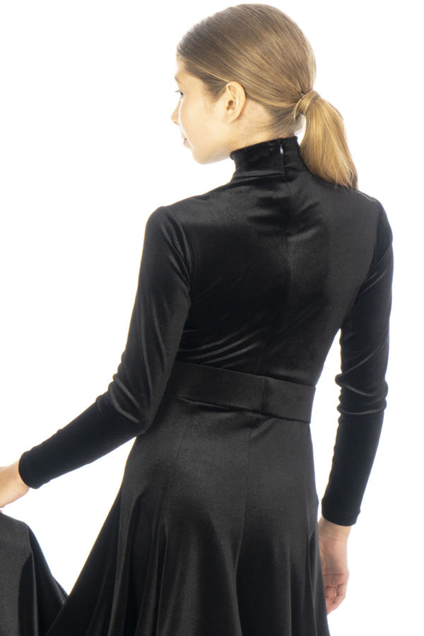 Nicki Turtle Neck Velvet Body Black <br/> G20120005-01